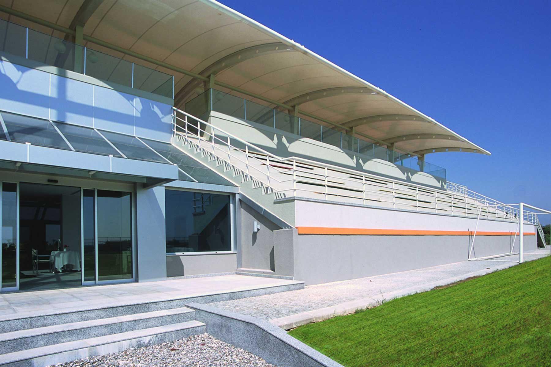 Emir Sports tribune hoofdvelden voetbal